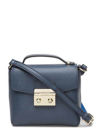 GUESS Aria Crossbody Flap 14793913