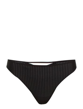 Marlies Dekkers Md Gloria Pinstripe Thong 4 9082552