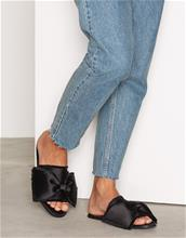 NLY Shoes Raw Edge Sandal Tofflor Musta