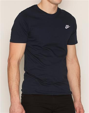 Nike Sportswear Tee Club Embroided T-Shirt T-paidat ja topit Dark Obsidian