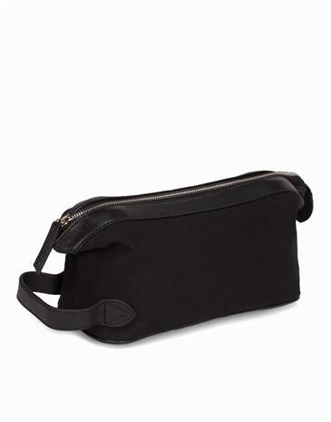 Baron Toilet Bag Laukut Black