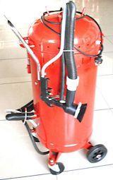 XH-SB28, hiekkapuhalluslaite 120 L + imuri