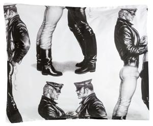 Finlayson Tom of Finland Face to Face, satiinityynyliina 55 x 80 cm