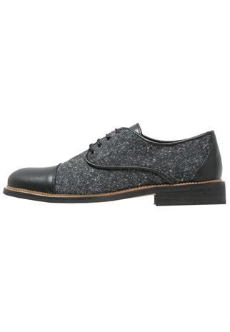 Shoe The Bear OX Nauhakengät black