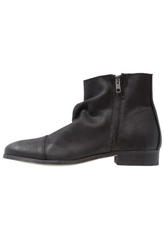 Shoe The Bear PIONE Nilkkurit black