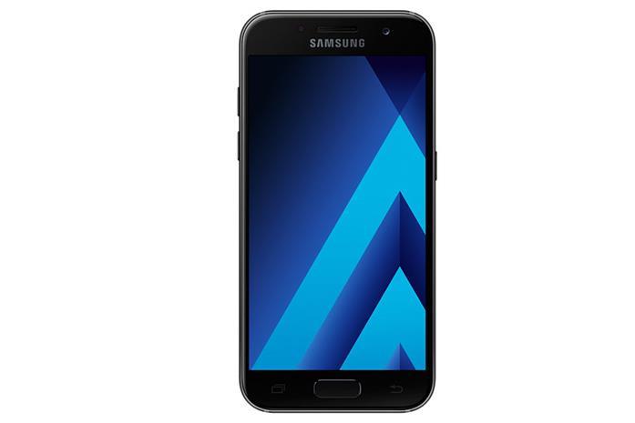 Samsung Galaxy A3 (2017), puhelin
