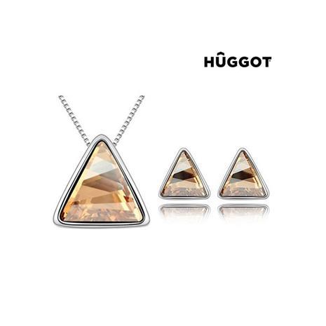 Huggot Triangle Rhodiumpläterat set: Hänge och örhängen med Swarovski kristaller 45 cm