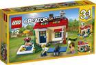 Lego Creator 31067, Lomalla moduuliuima-altaalla