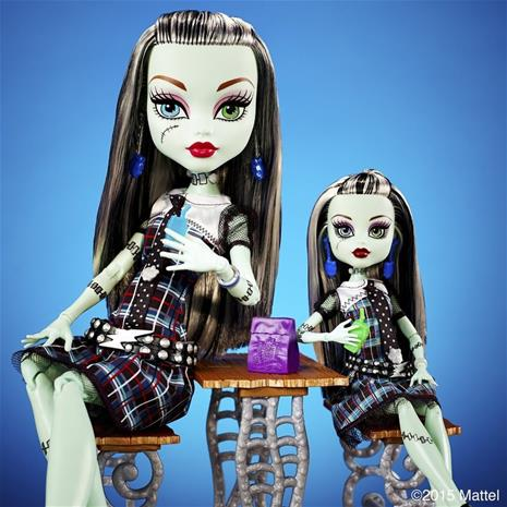 Frankie Stein - EXTRA DELUXE - 45cm Monster High docka