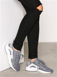 Nike Air Huarache Run Ultra Low Top Platinum