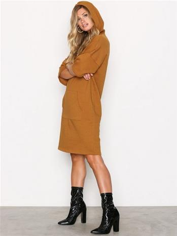 Noisy May Nmwillow 3/4 Above Knee Dress 6 Loose fit dresses Ruskea