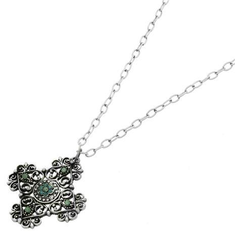 Halsband med kors symbol hängen o klara stenar