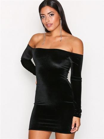 NLY One Off Shoulder Velvet Dress Kotelomekot Musta