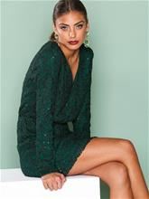 NLY Trend Sparkly V Neck Dress Loose fit Vihreä