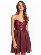 NLY One Shimmery Flare Dress Skater Dresses Burgundy