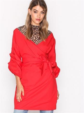 NLY Trend Wrap Shoulder Dress Loose fit dresses Lollipop
