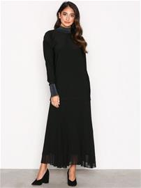 By Malene Birger Lucillas Dress Pitkähihaiset mekot Black