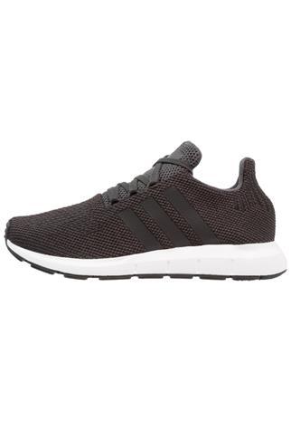 adidas Originals SWIFT RUN Matalavartiset tennarit carbon/core black/mid grey heather