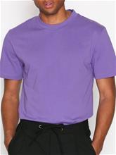 L'Homme Rouge Needs T-Shirt T-paidat ja topit Purple