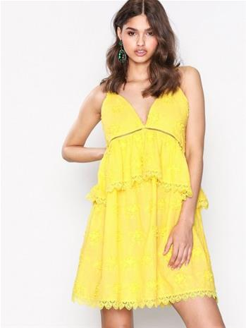 By Malina Neela dress Skater-mekot Lemon