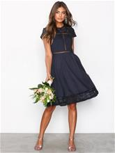 NLY Trend Skater Trim Dress Skater-mekot Navy