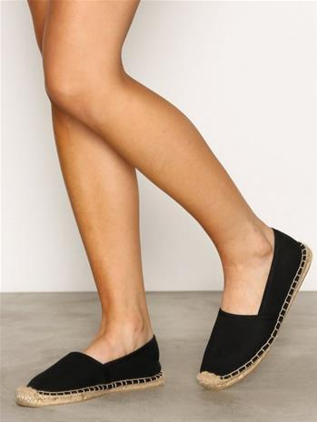 NLY Shoes Espadrilles Espadrillot Musta