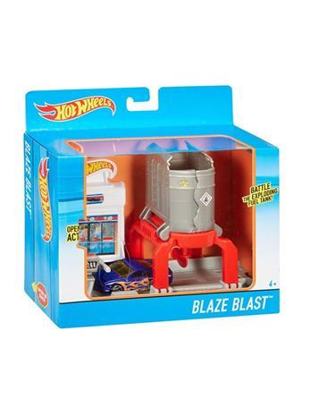Hotwheels Fold-Out Game - Blaze Blast