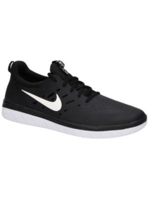 Nike Nyjah Free Skate Shoes black / white Miehet