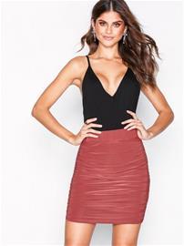 NLY One Ruched Mini Skirt Minihameet Tumma vaaleanpunainen
