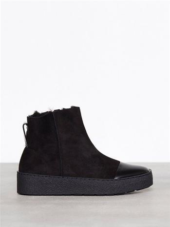 Filippa K Bonny Shearling Boot Flat Musta