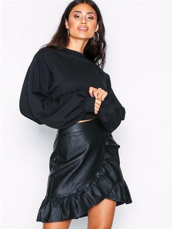 NLY Trend Wrapped PU Frill Skirt Minihameet Musta