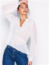 NLY Trend Lace Heaven Blouse Juhlapaidat Valkoinen