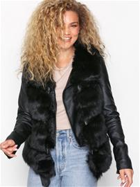 New Look Pelted Faux Fur Gilet Liivit Black
