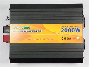 Aurinkopaneeli Invertteri 2000W 12/220V MS