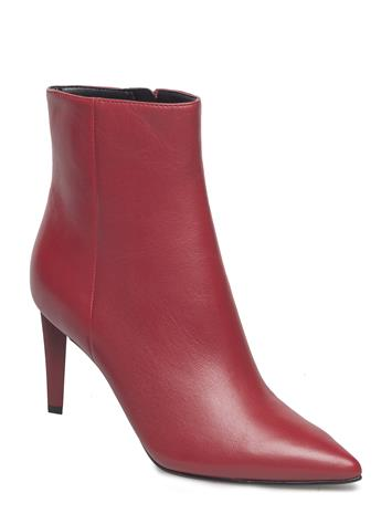 Kendall+Kylie Kkzoe RED