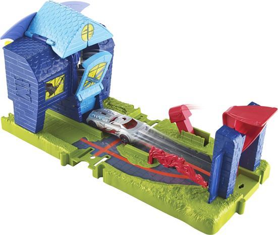 Hot Wheels City Bat Manor Attack Lelusetti