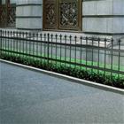 vidaXL Koristeellinen turva-aita terävillä kärjillä teräs 80 cm musta