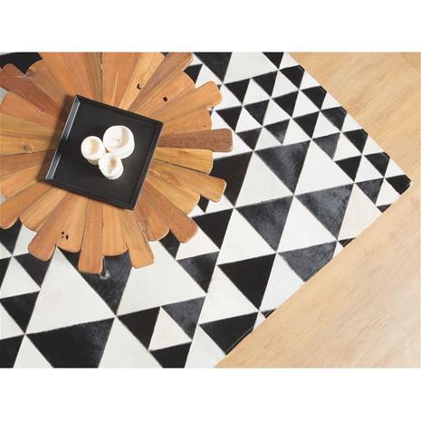 Beliani Mustavalkoinen nahkamatto 140x200 cm ODEMIS