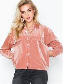 NLY Trend Ribbed Jersey Shacket Vaaleanpunainen