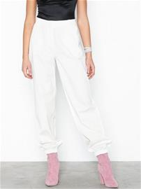 NLY Trend Perfect Cargo Pants Valkoinen