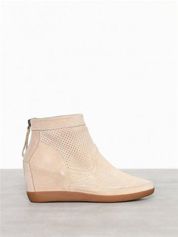 Shoe The Bear Emmy S Hiekka