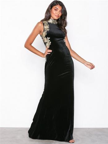 NLY Eve High Neck Trim Gown