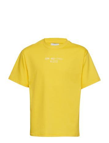Unauthorized Lucas T-Shirt Keltainen