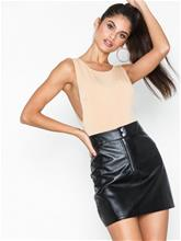 Missguided Zip Front Faux Leather Skirt