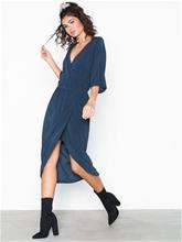 MOSS COPENHAGEN Tiana Li Dress