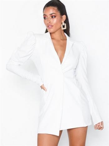 NLY One Power Blazer Dress