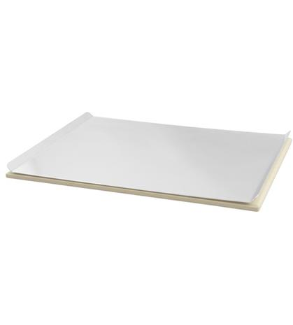 Dangrill Pizzastone Aluminum (95240), pizzakivi tarjottimella