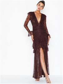 NLY Eve Dreamy Lace Gown
