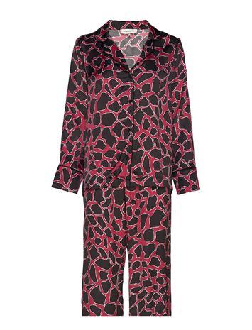By Malina Edie Evening Set Pyjama Punainen By Malina SAVANNAH