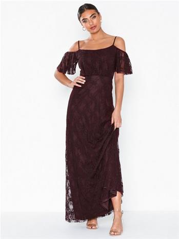 NLY Eve Dream Off Shoulder Lace Gown Fudge